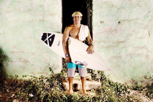 Surfer_sepia03