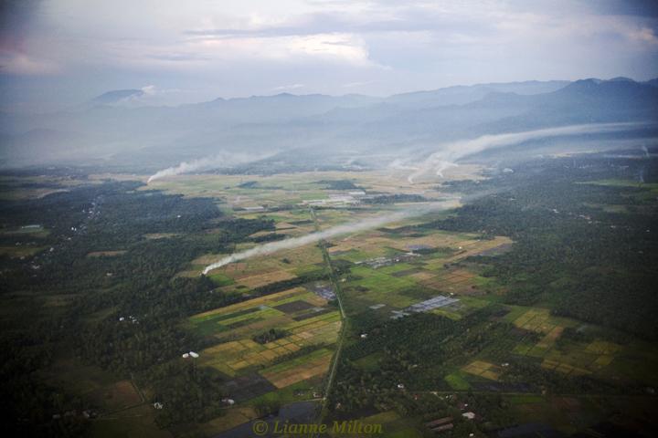 20101114padang_aerials009